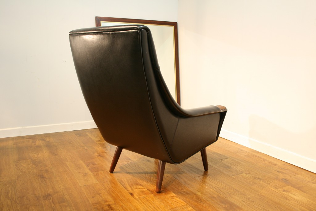 60s Danish armchair for re-upholstery - Pure Imagination