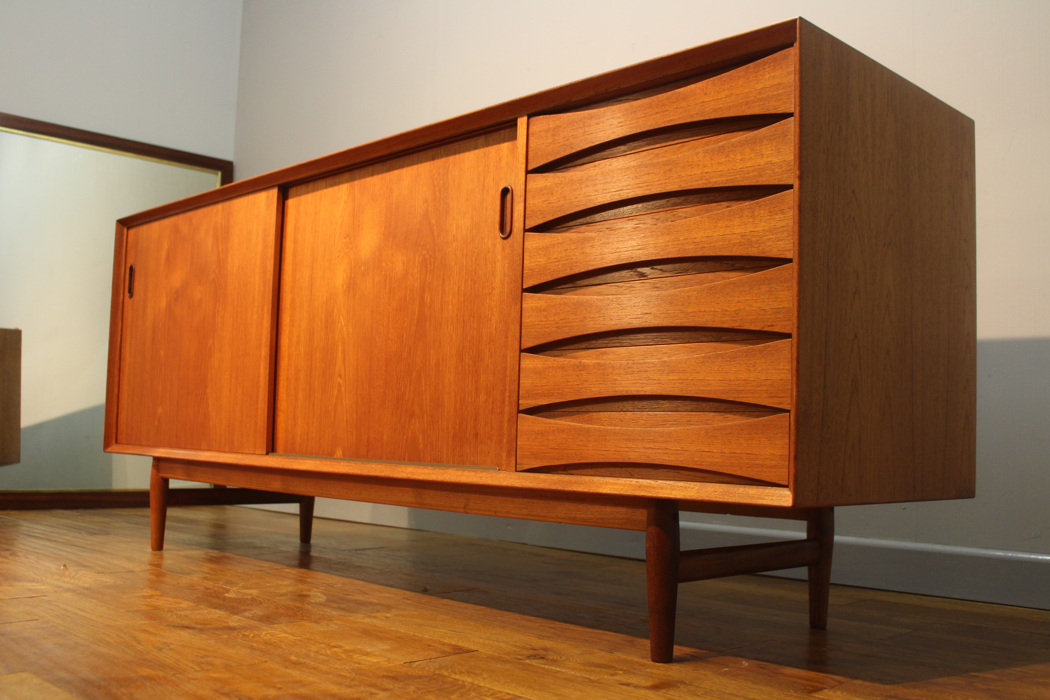 arne vodder 39 sibast 39 teak sideboard pure imagination. Black Bedroom Furniture Sets. Home Design Ideas