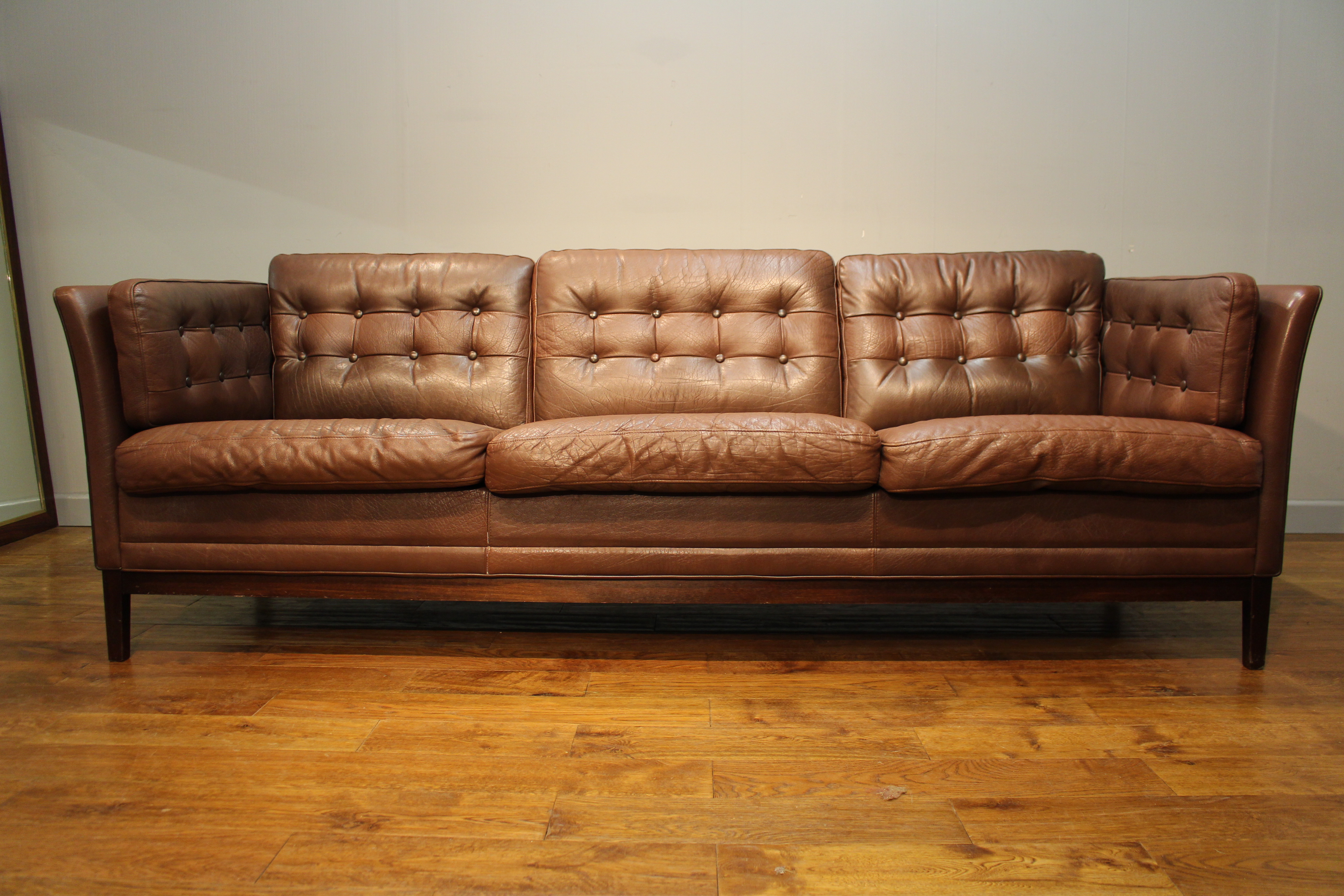 good danish 70s vintage leather sofa pure imagination. Black Bedroom Furniture Sets. Home Design Ideas