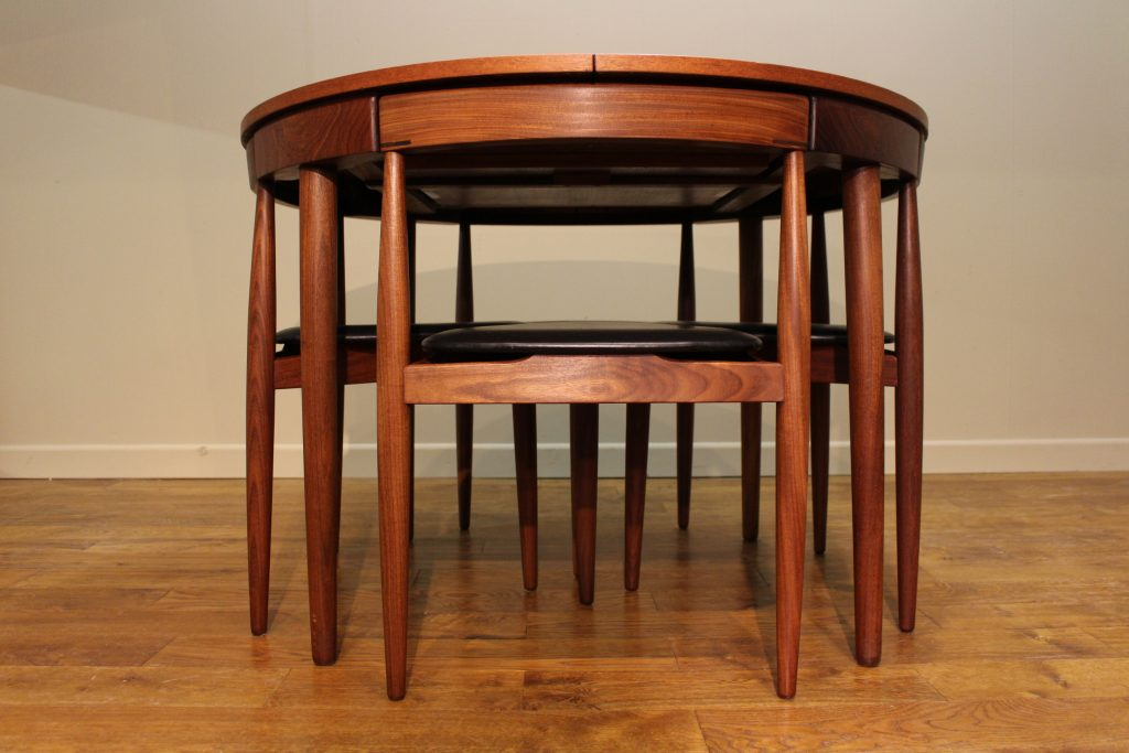 Iconic Frem Rojle Roundette Table 6 Chairs By Hans Olsen